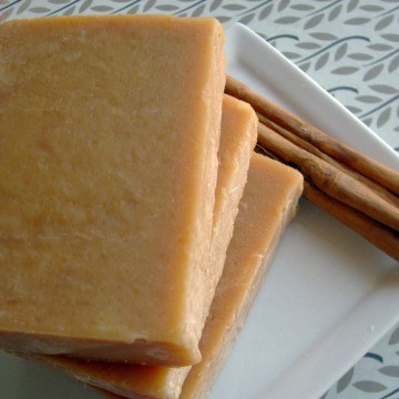 Goatsmilk Soap -Cedar and Cinnamon  Granola Bar